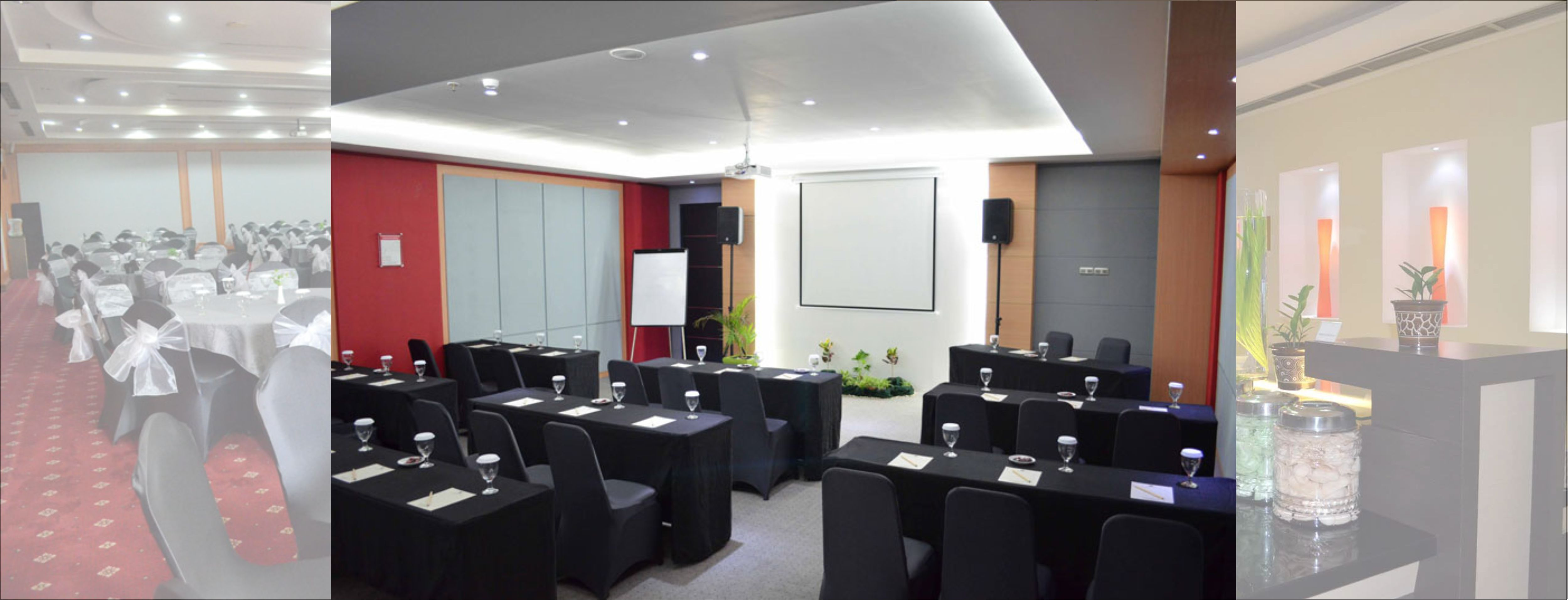 Hotel Arcadia Surabaya MINIMALIS STANDARD QUEEN ROOM Meeting Room